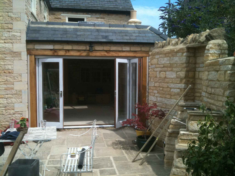 Garden rooms hortus ligneous for Tiny garden rooms