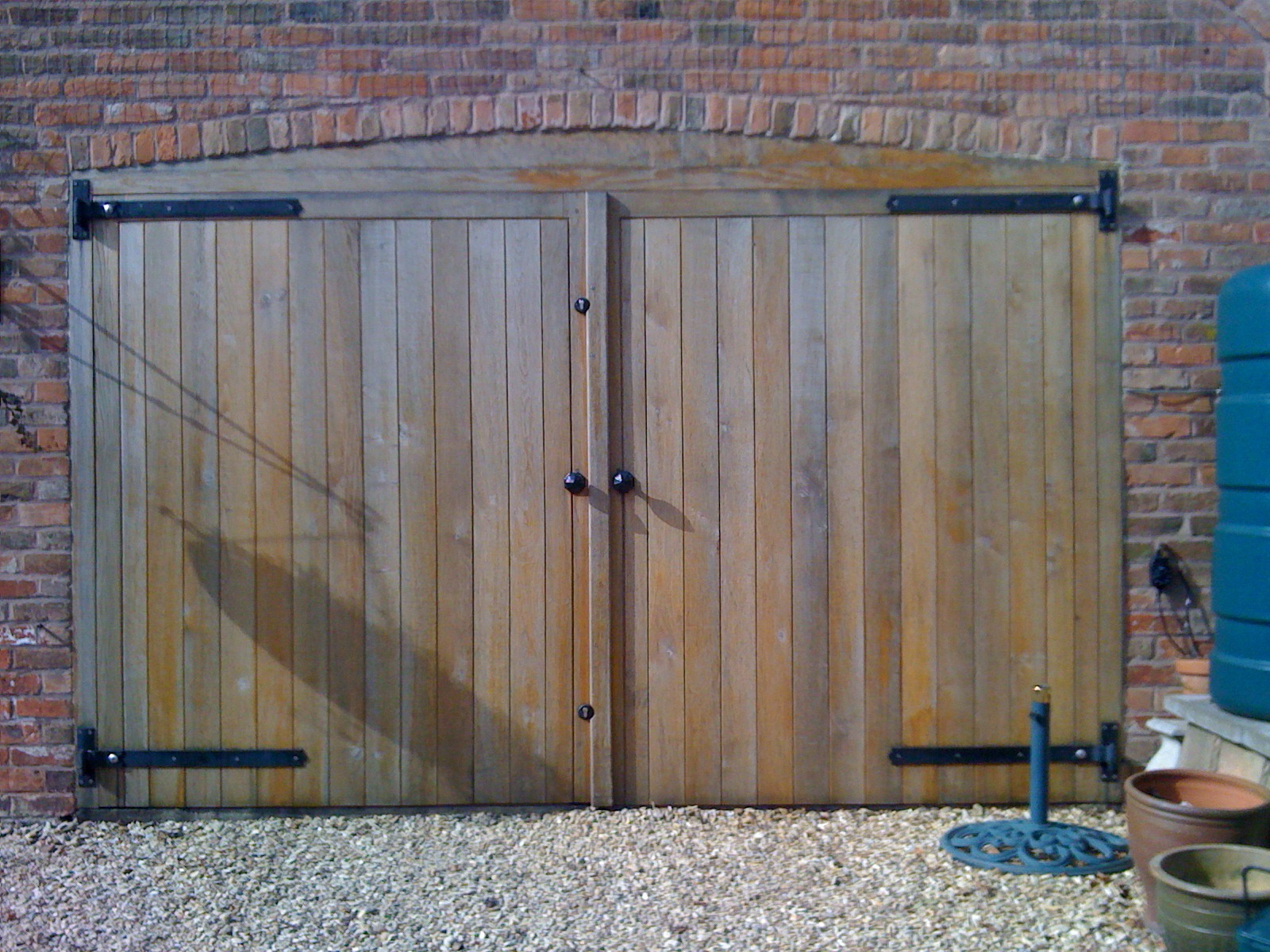 1200 #265F7D Oak Garage Doors Treated With Danish Oil For A Natuarl Finish With UV  picture/photo Oak Garage Doors 38491600